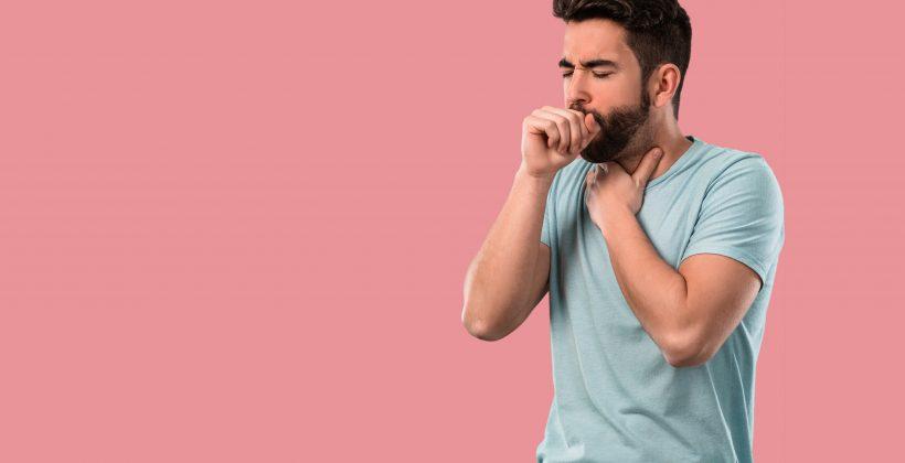 Chrypka palacza – czy może niepokoić?